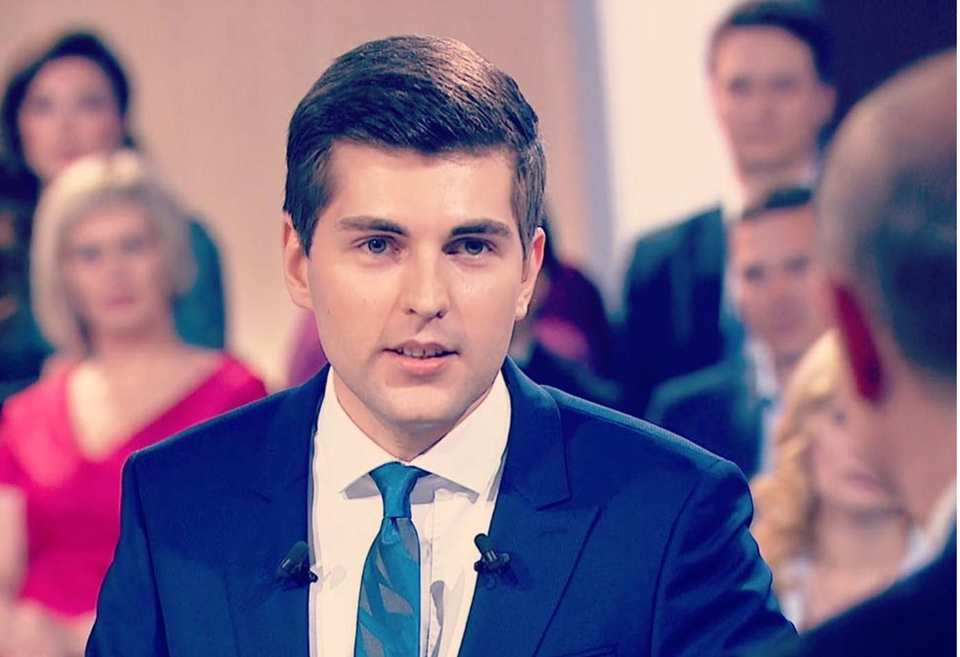 Поклонники строго раскритиковали Дмитрия Борисова зароль нового ведущего «Пусть говорят»