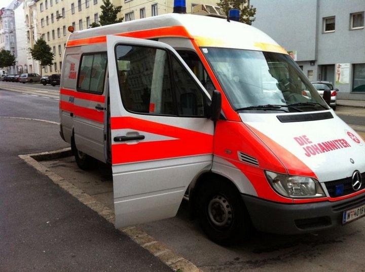 В итоге обрушения шатра напивном фестивале вАвстрии погибли двое