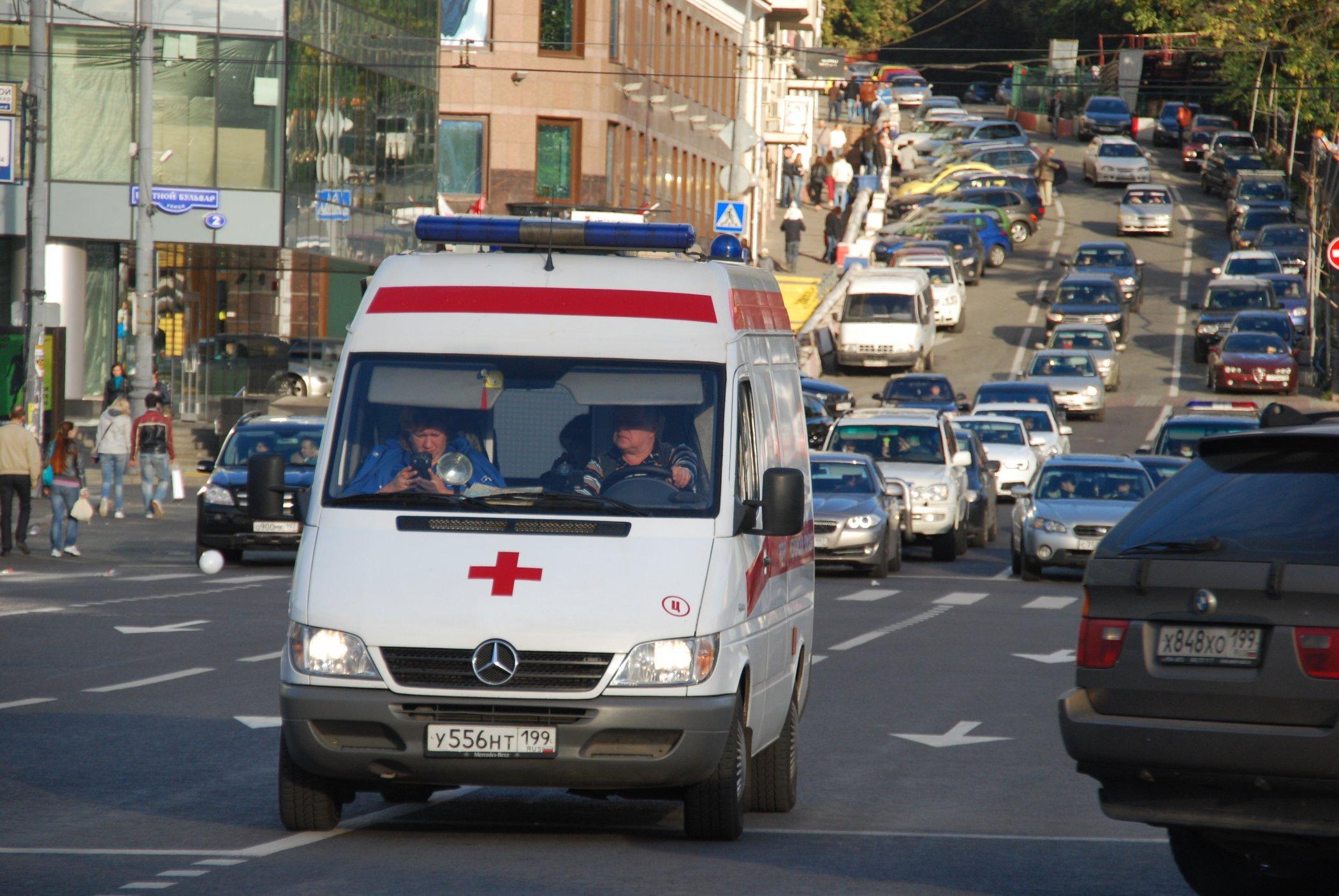22 итальянских туриста отравились в столице