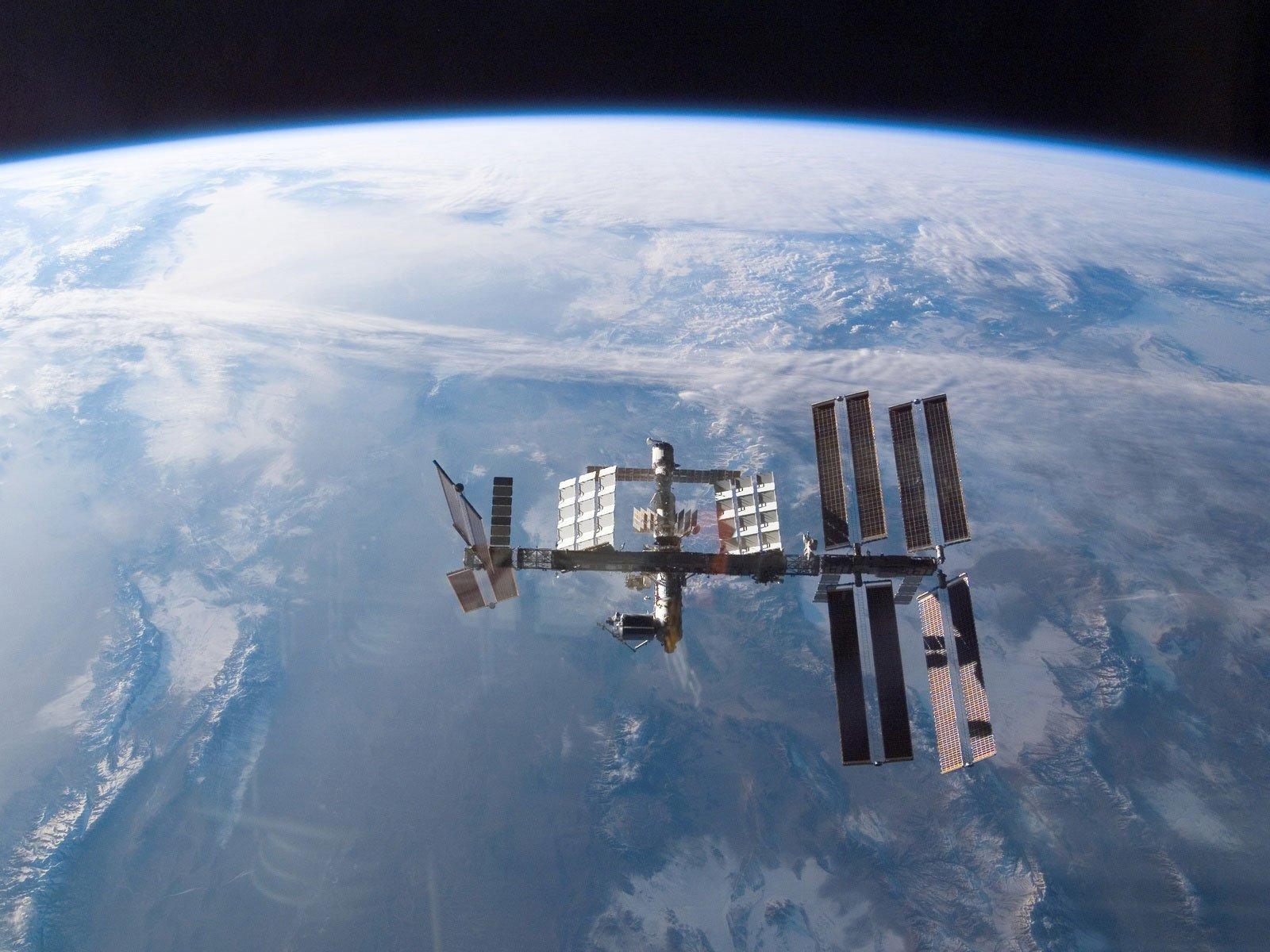 SpaceX отказалась отуслуг NASA