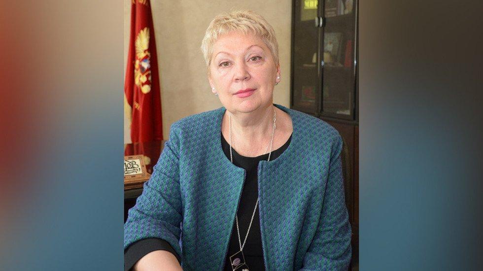 Васильева проинформировала, что средняя заработная плата учителей составляет 33,2 тыс. руб.