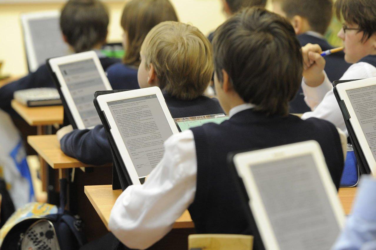 Самсунг набазе учебников «Просвещения» разработал обучающий планшет