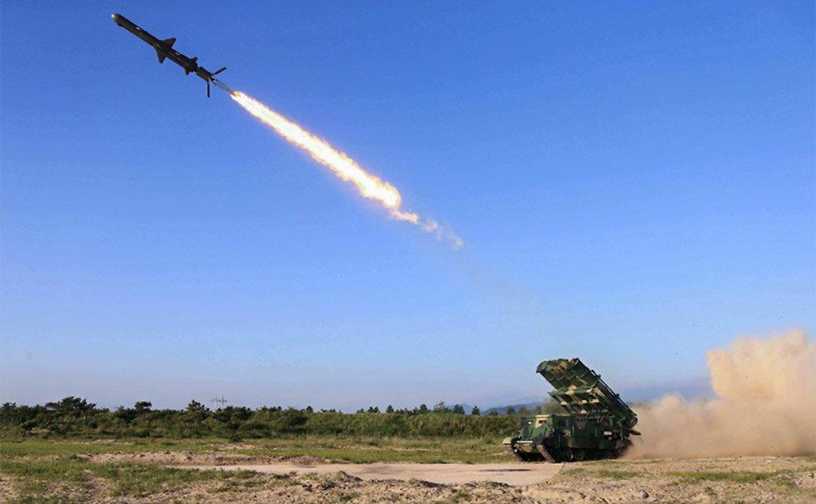 Американские военные сбили баллистическую ракету средней дальности наГавайях впроцессе учений