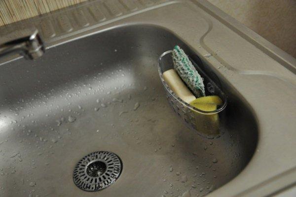Ученые: Губки для мытья посуды вызывают менингит и пневмонию