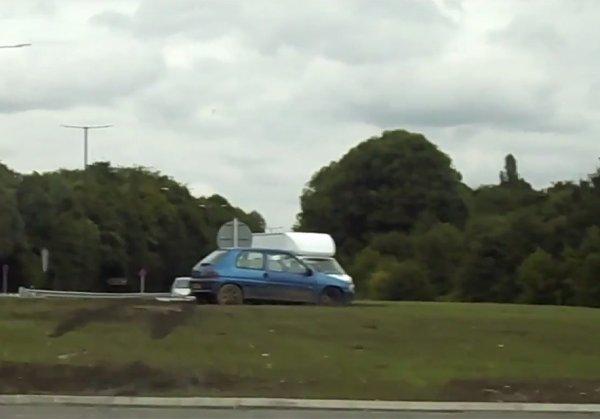В Великобритании на перекрестке за 2 дня разбились 10 авто