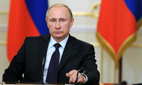 Путина оповестили о ситуации с проводками в Приморье