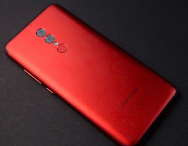 Безрамочный смартфон UmiDigi S2 Pro обеспечит два дня автономной работы