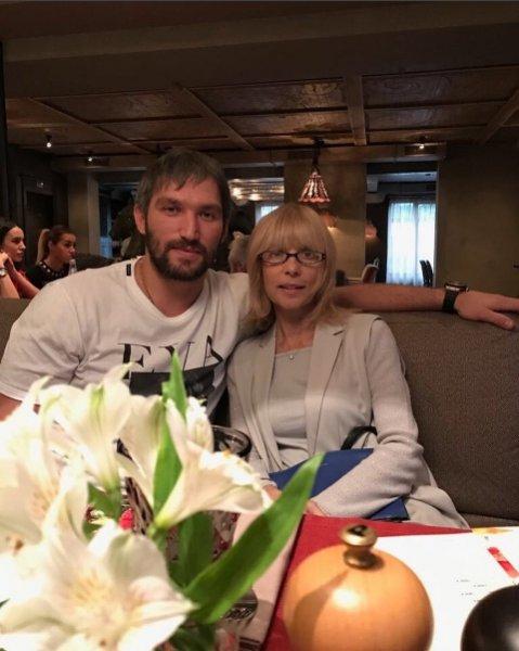 Зять Веры Глаголевой Александр Овечкин прокомментировал ее смерть