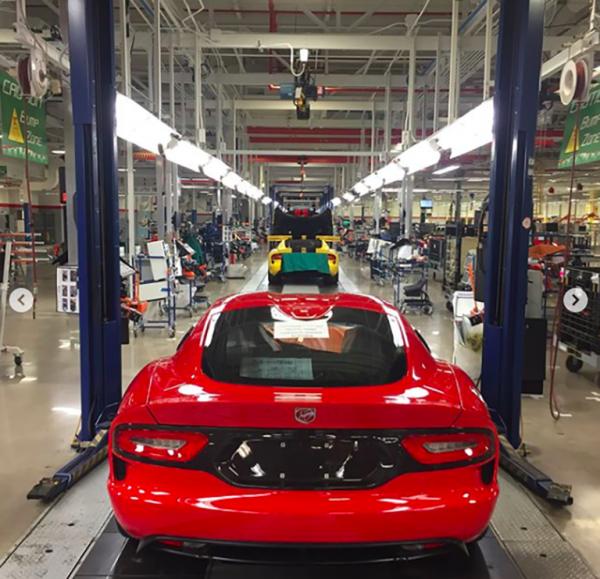 Производство суперкаров Dodge Viper завершилось досрочно