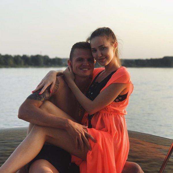 Анастасия Костенко донашивает после Бузовой не только Тарасова, но и вещи