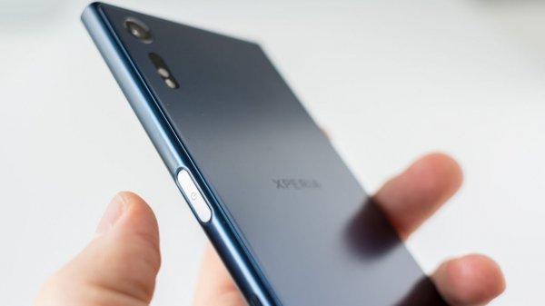 Появилась информация о цене смартфонов Sony Xperia XZ1 и XZ1  Compact