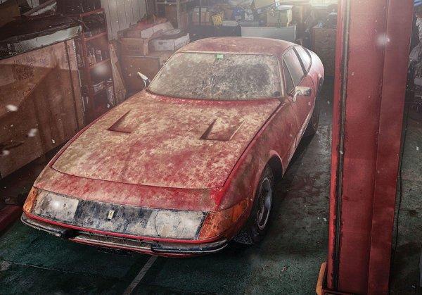 Простоявший 40 лет в гараже Ferrari продадут за €2 млн