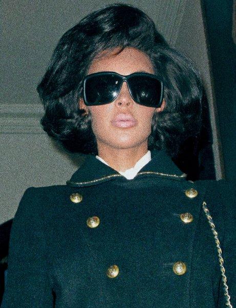 Ким Кардашьян раскритиковали за съемку в образе Жаклин Кеннеди