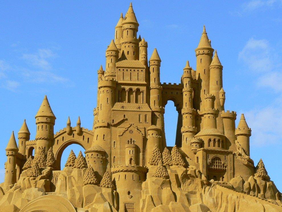 Самый высокий песочный замок вмире построили вГермании