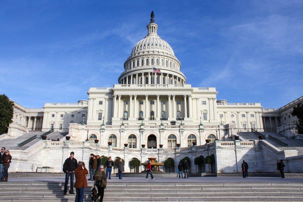 Съезд США одобрил законодательный проект повнедрению на трассах беспилотных авто