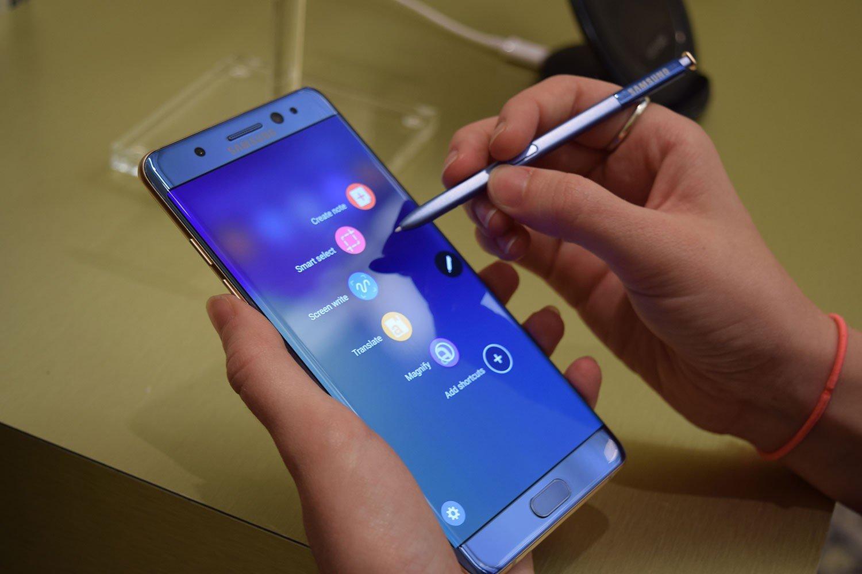 Самсунг представила бюджетный планшет Galaxy Tab A с8-дюймовым экраном