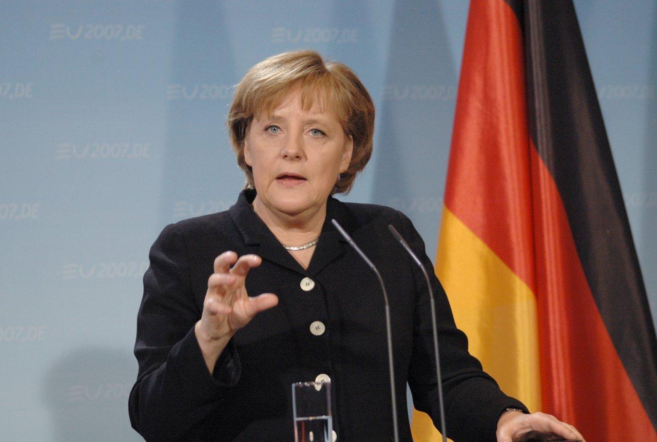 Канцлер Германии Ангела Меркель сообщила, что желает урегулировать отношения сРоссией