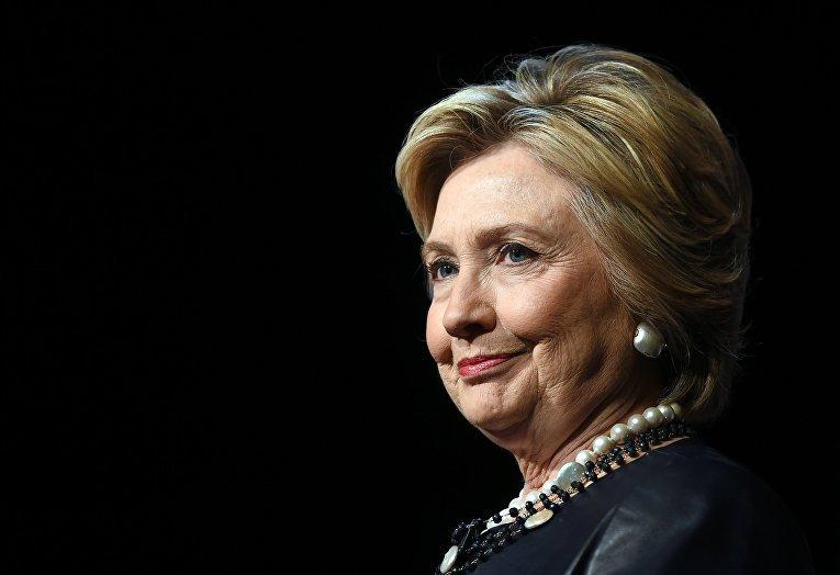 Клинтон заявляет, что Путин хотел еепроигрыша навыборах
