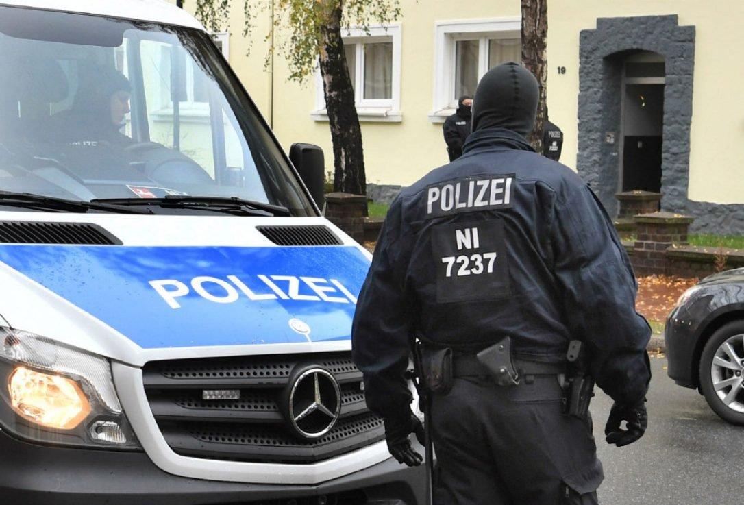 СМИ говорили о смерти 2 человек в итоге стрельбы вГермании