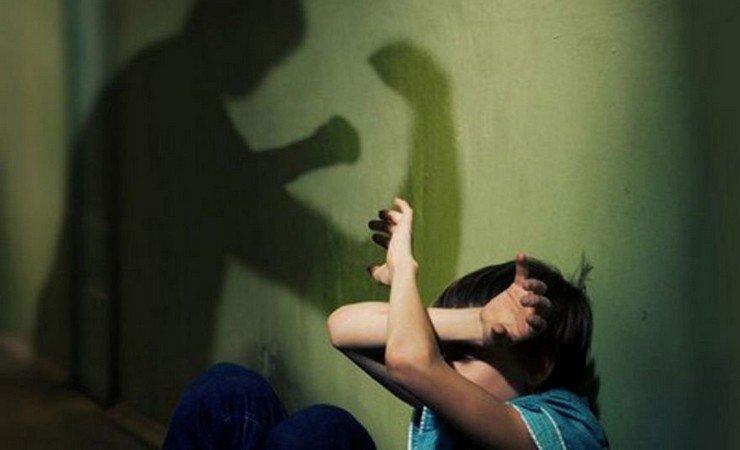 ВПермском крае проверят видео, где подростки избивают сверстницу