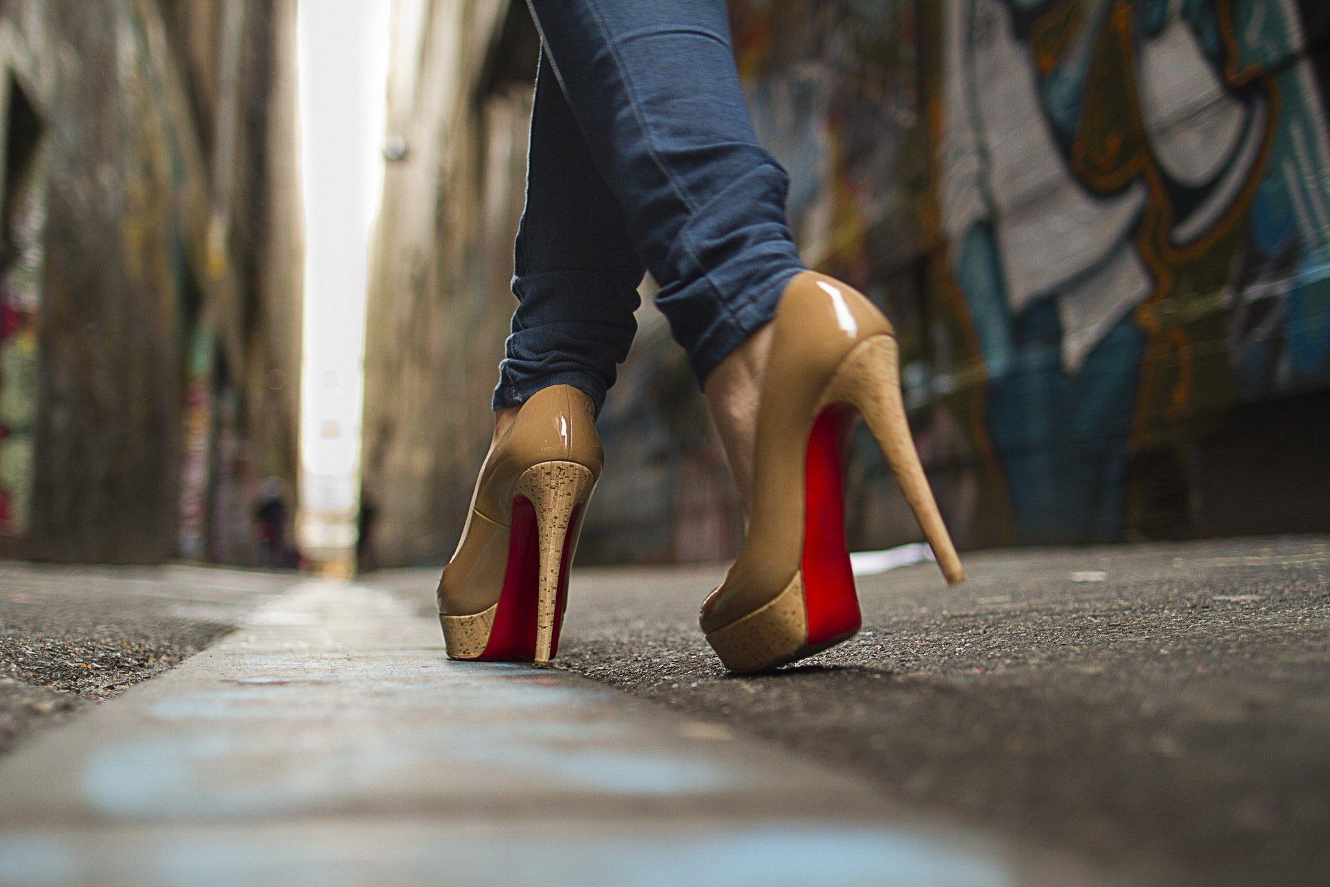 Огромный выбор секс обуви