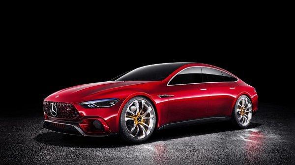 Серийный Mercedes-AMGGT дебютирует вДетройте