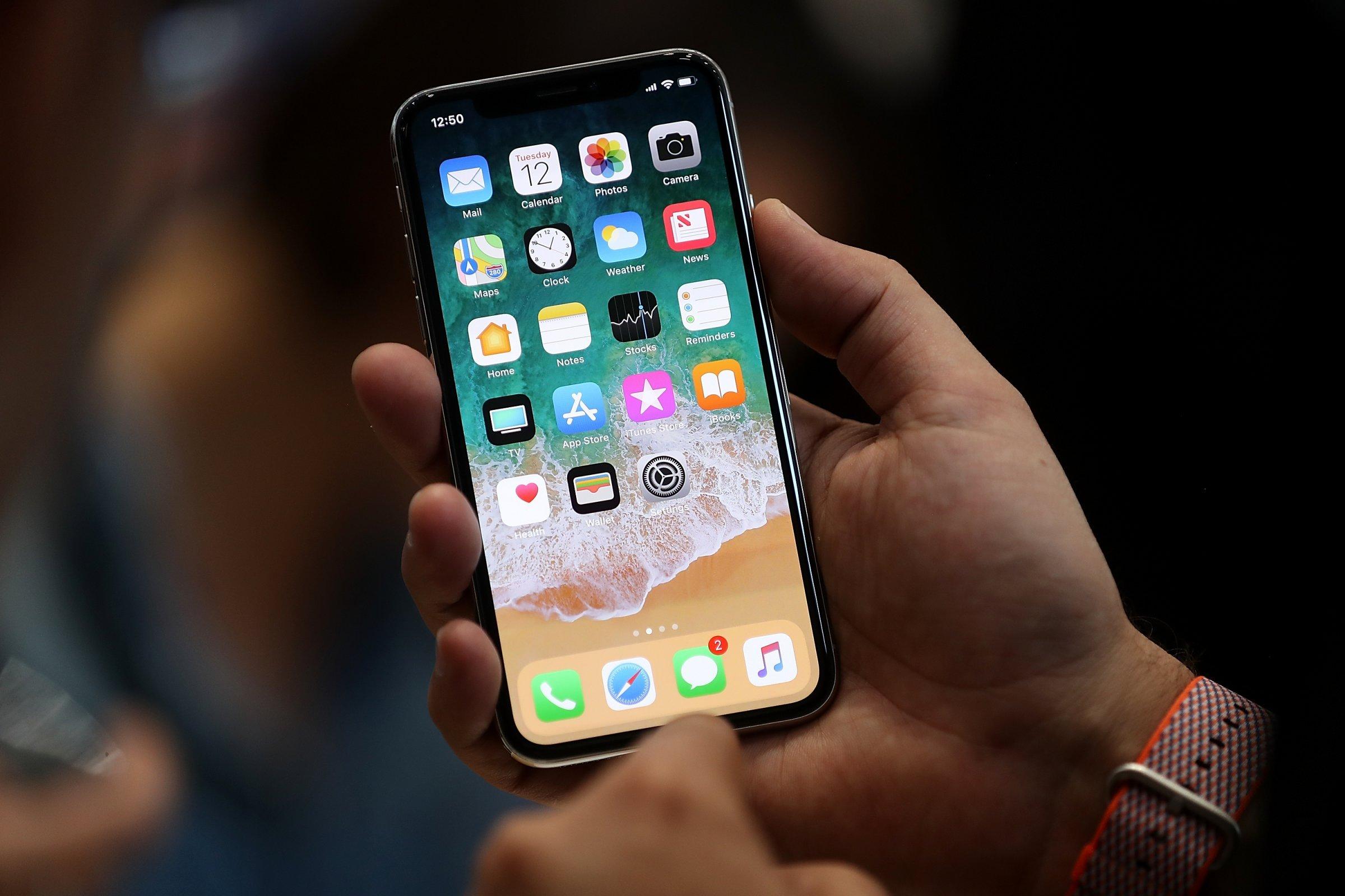 В РФ стартует предзаказ на обновленные модели iPhone
