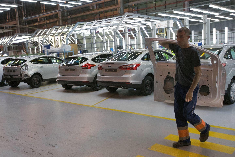 Форд приостановит работу 5-ти заводов из-за спада продаж