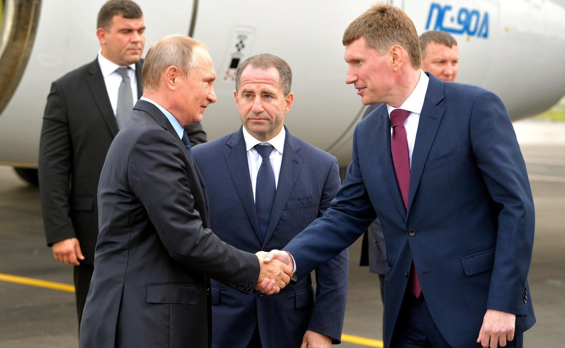 Путин встретится вКремле сизбранными главами регионов 20сентября