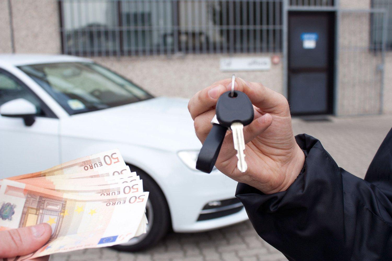 В «черную пятницу» в столице распродадут 5 тыс. новых автомобилей