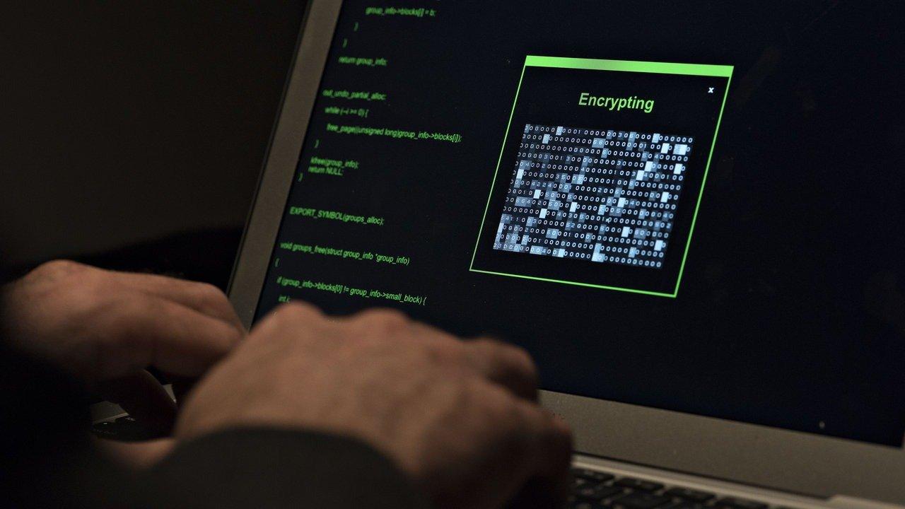 РФ направила Испании запрос обэкстрадиции схваченного русского программиста