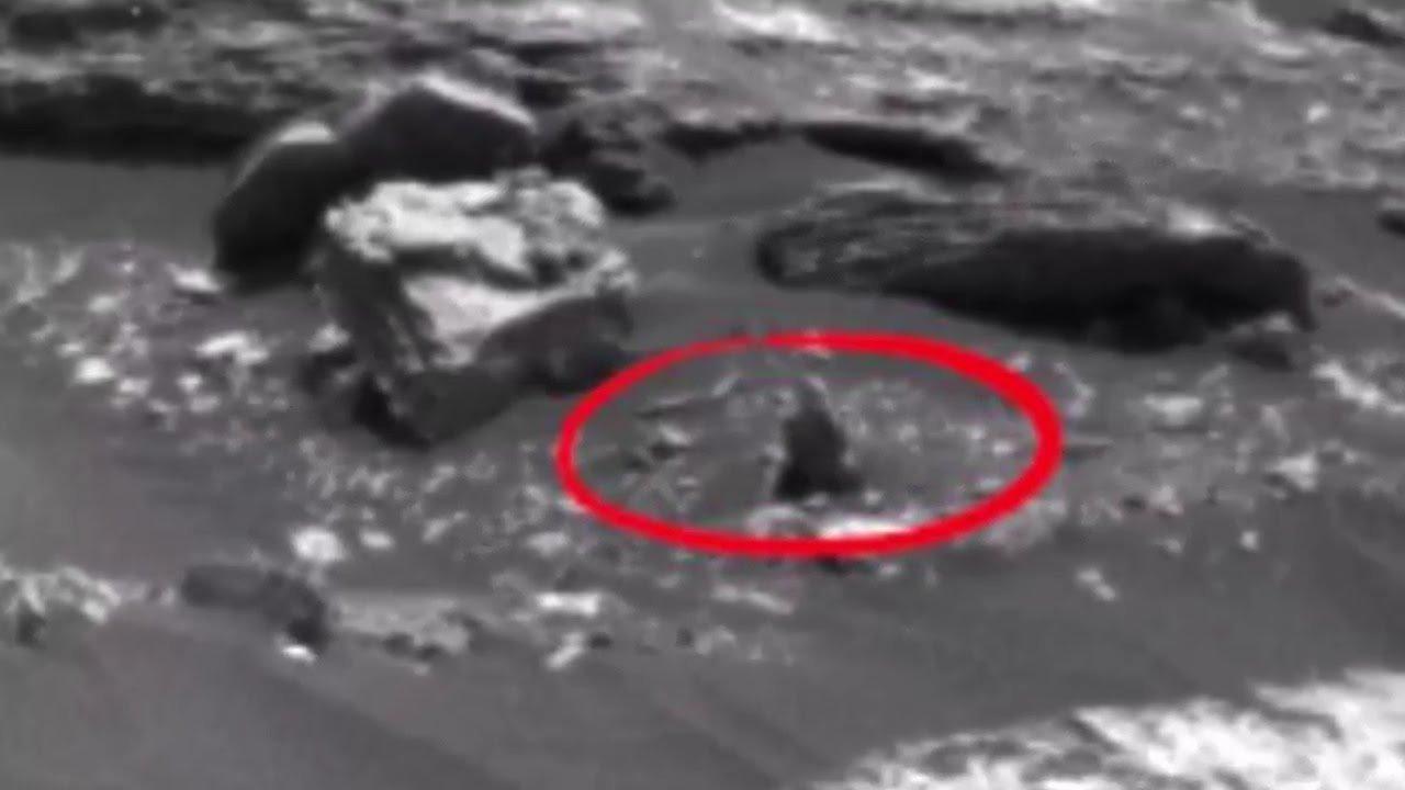 Уфологи отыскали наМарсе вооруженного инопланетянина