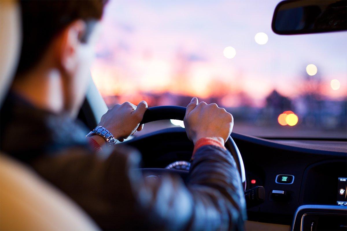 Русских водителей официально разделят надве категории