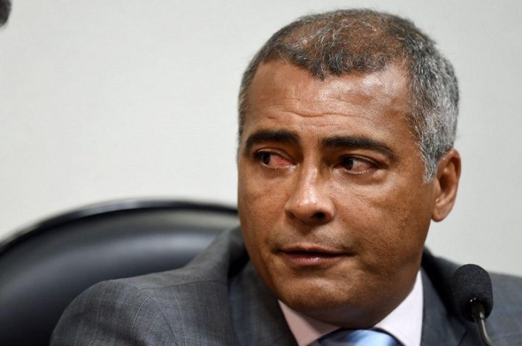 Прошлый футболист Ромарио хочет баллотироваться напост губернатора Рио-де-Жанейро
