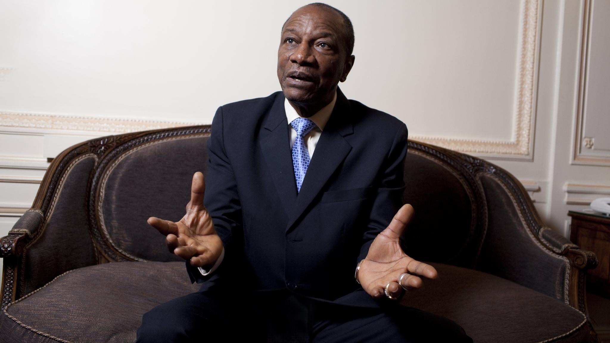 ПрезидентРФ наградил гвинейского коллегу орденом Дружбы