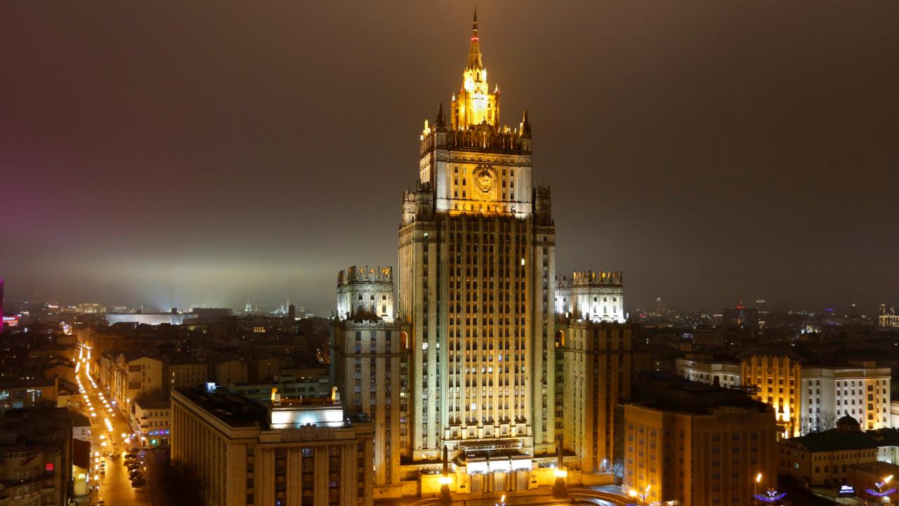 Захарова назвала давление США на русские СМИ «боями без правил»