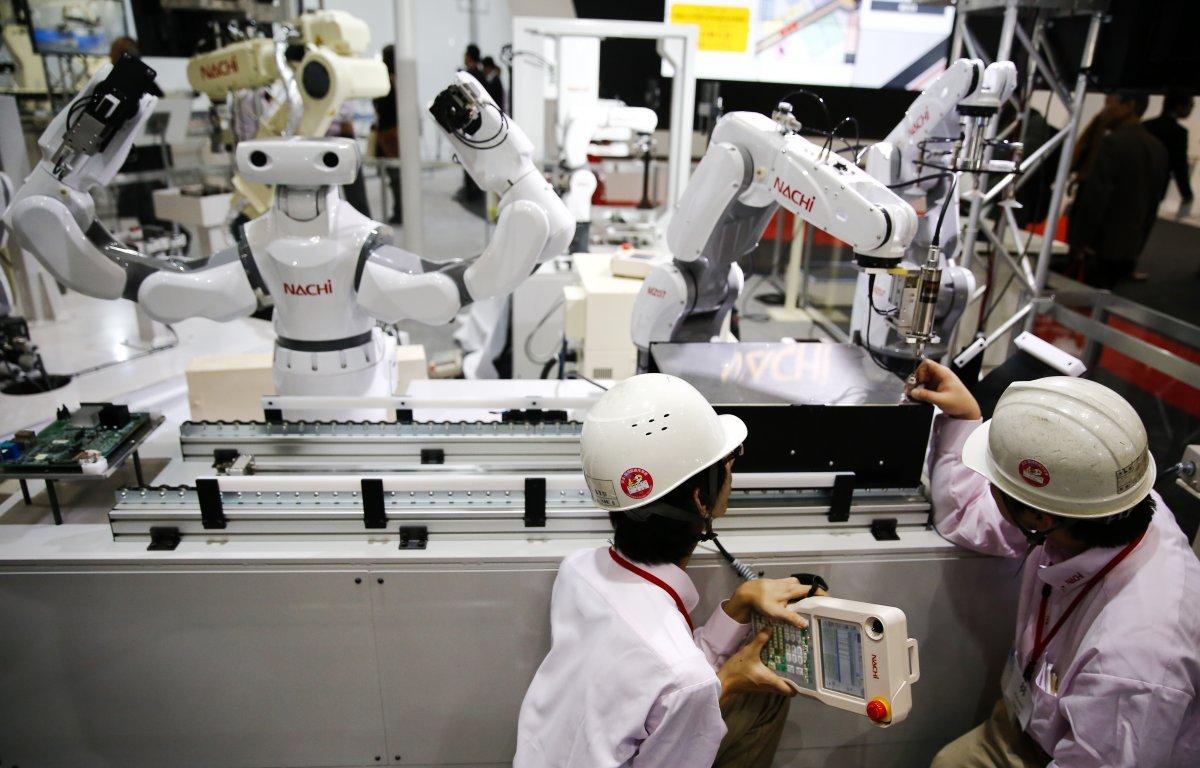 Специалисты: Роботы незаймут рабочие места людей