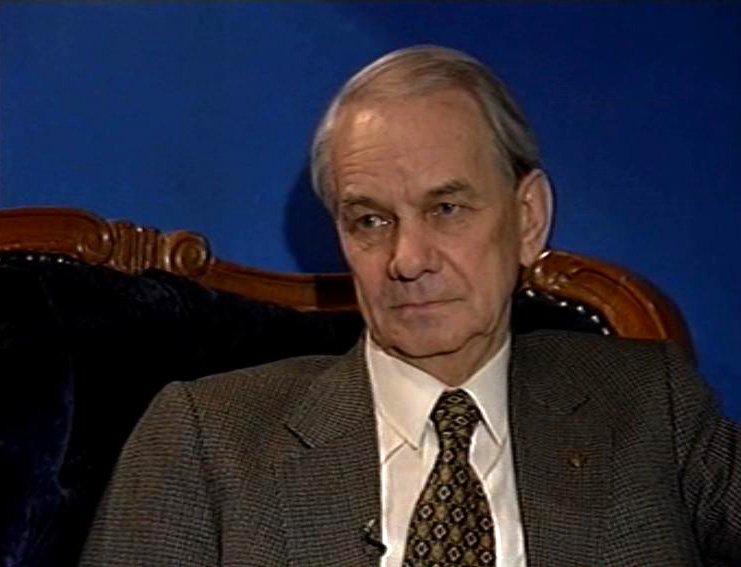 Владимир Мединский поздравил артиста Юрия Каюрова с90-летним юбилеем