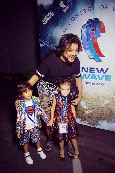Дети Киркорова впервые спели на конкурсе «Новая волна»