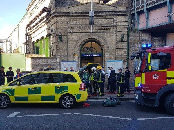 Полиция установила личность преступника, который совершил теракт в метро Лондона