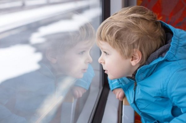 На юго-востоке Москвы восьмилетний мальчик упал из окна пятого этажа