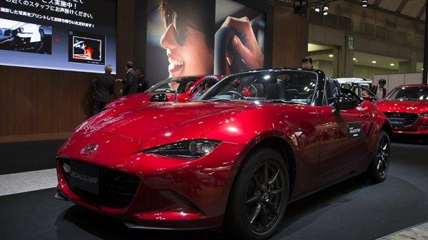 Mazda MX-5 Miata получила ручное управление для инвалидов
