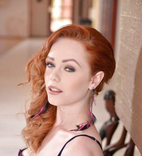 Актриса из «Игры престолов» променяла карьеру на съемки в порнофильмах