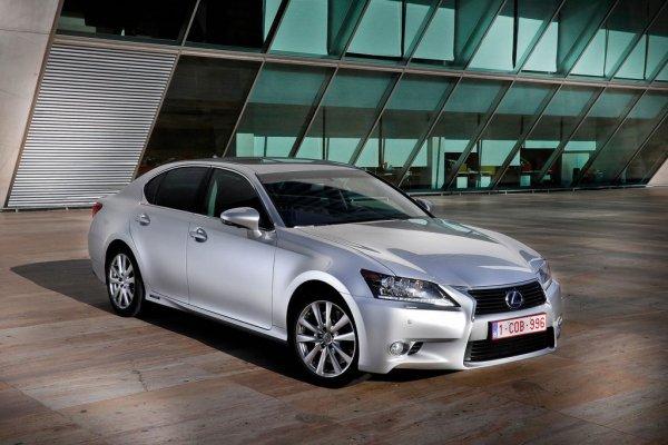 Lexus откажется от гибридов в пользу электрокаров и водородных машин