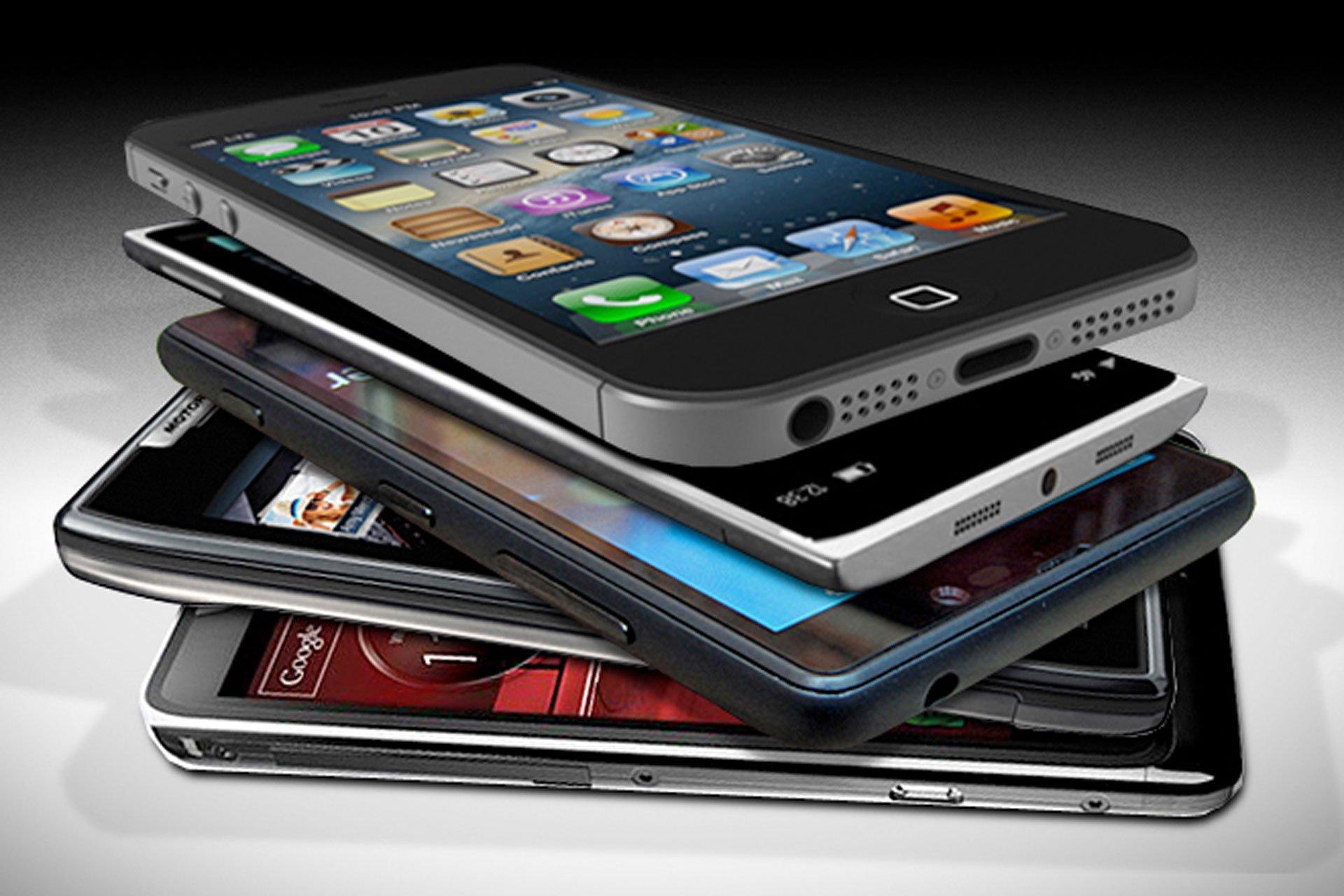Специалисты назвали ТОП-5 наилучших телефонов сентября