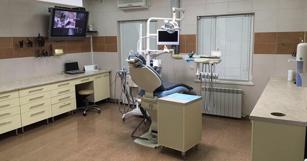 Стоматолог изСургута удалил себе зуб под видеозапись