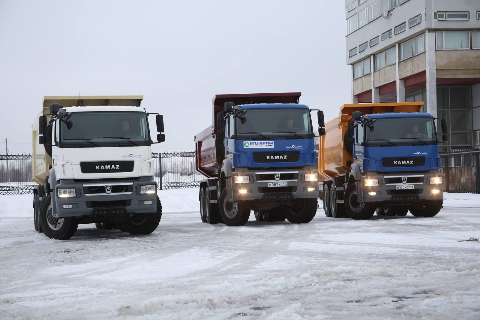 ВКазани провели тест-драйв новых самосвалов КАМАЗ