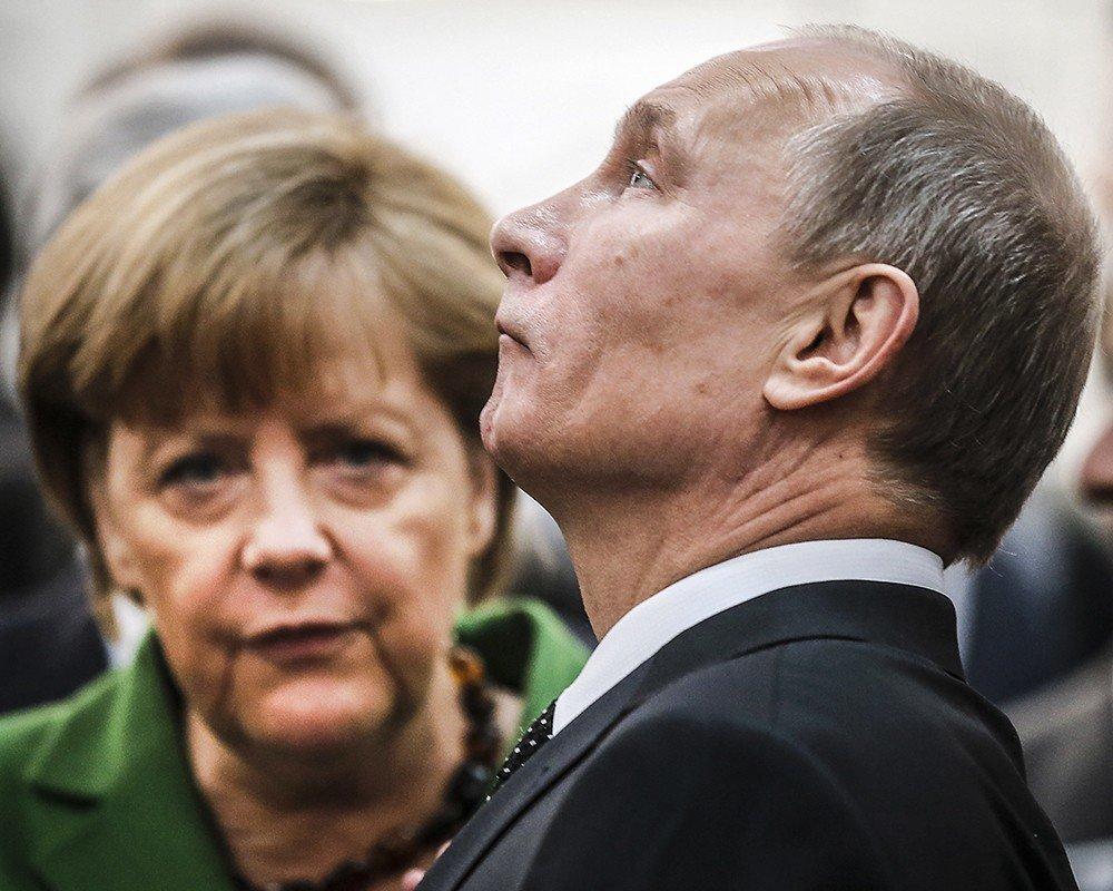 Ангела Меркель выразила сожаления президентуРФ всвязи сДТП под Владимиром