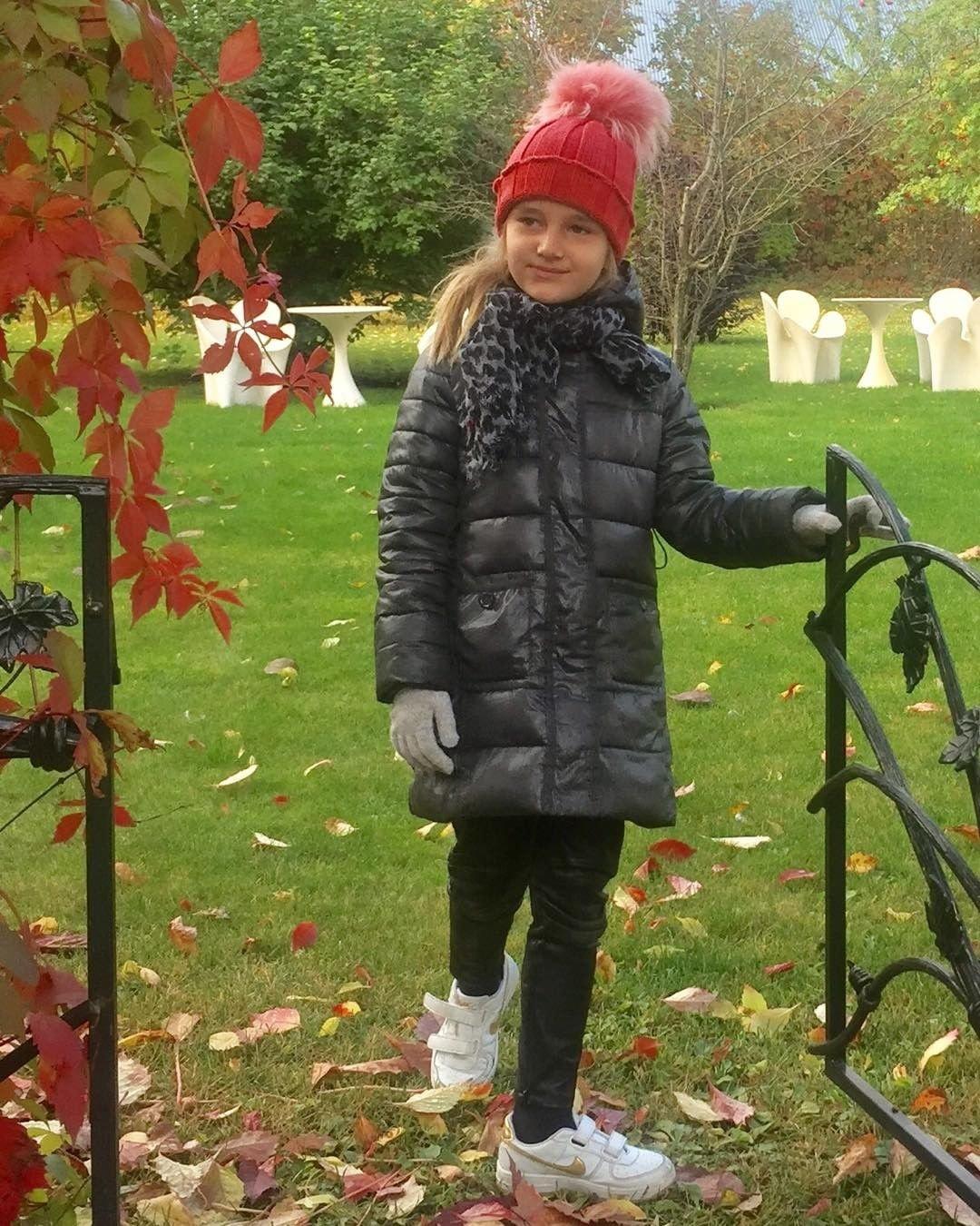 Сеть: Внучка Пугачевой схожа  нагероиню Орбакайте в кинофильме  «Чучело»