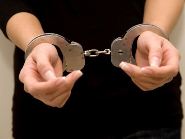 ВЯкутии 19-летнюю мать троих детей осудят засекс сошкольником
